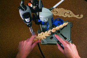 Dremel drill press comes with a tool holder